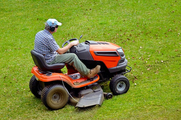 How to Choose the best lawn mower to suit you