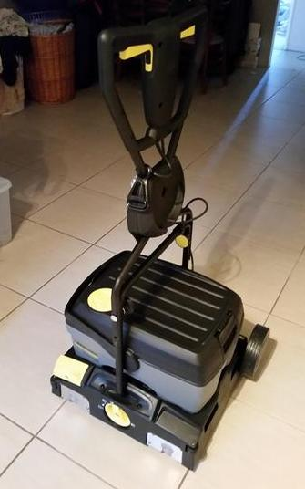Tile And Grout Machine - Aveley
