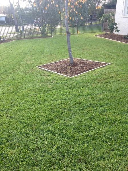 Garden services maintenance lawn mowing in ringwood for Home and garden maintenance services