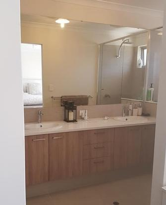 Come home to a clean Bathroom in Byford