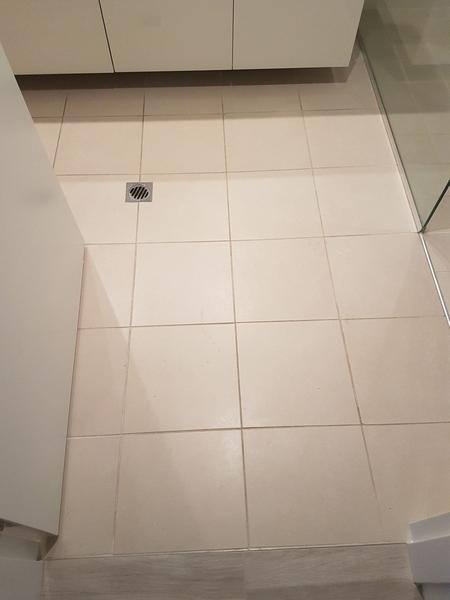 Clean Bathroom Floor Woodvale